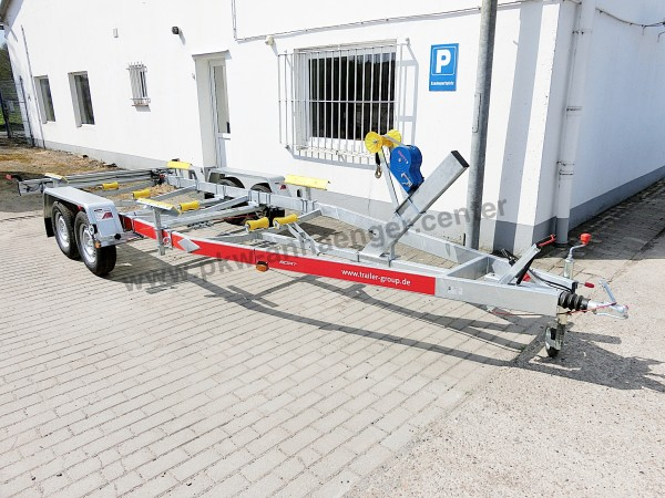 Bootstrailer TEMARED 2000kg für Boote bis ca. 7m