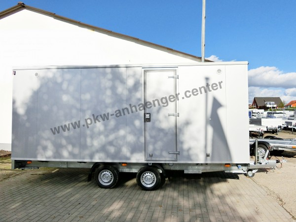 Mannschaftswagen Aufenthaltsanhänger Bauwagen 14 Personen