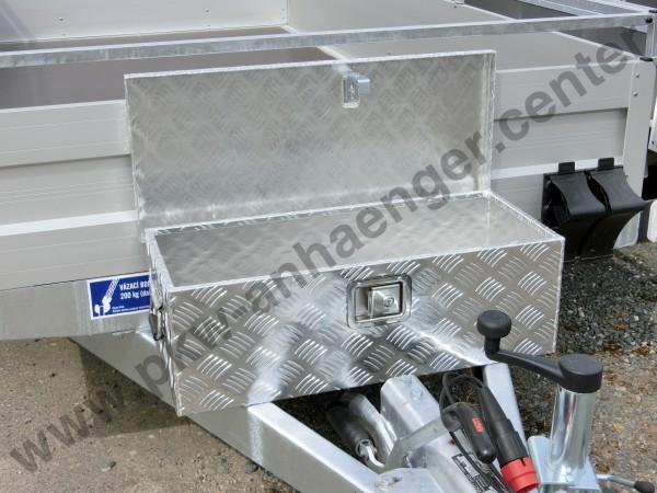 Alukasten Deichselbox Box auf Deichsel montiert