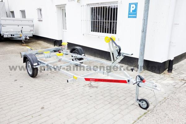 Bootstrailer TEMARED ECO 750kg für Boote bis ca. 5m